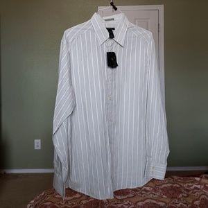 Claiborne Modern Fit NWT dress shirt XL